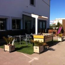 Terrazita exterior y parque infantil